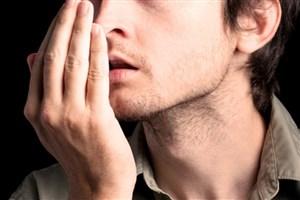 بوی بد دهان چگونه ایجاد میشود ؟