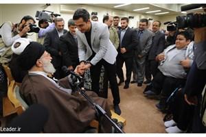 مقام معظم رهبری: ایستادن بانوی ورزشکار بر سکوی قهرمانی با حجاب کامل اسلامی افتخاری بالاتر از قهرمانی است