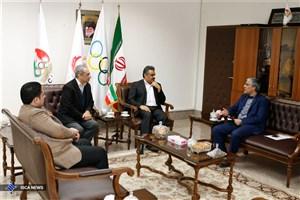 دیدار رئیس فدراسیون اسکواش با  کیومرث هاشمی