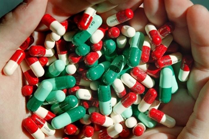 مصرف خودسرانه دارو