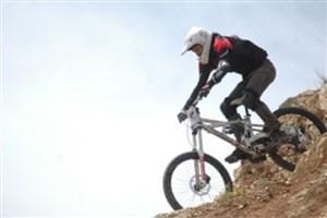 سهشنبههای پاک  به تهران رسید/نظر شرع و قانون درباره دوچرخهسواری زنان چیست؟