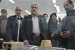 بازدید معاون علمی و فناوری ریاست جمهوری از دانشگاه آزاد واحد نجف آباد