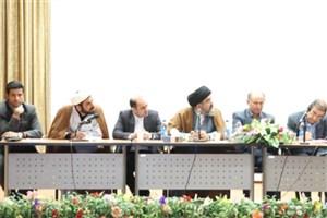 نشست صمیمی  دکتر سید فرج الله موسوی رئیس  واحد یادگار امام(ره) شهرری با دانشجویان دانشگاه