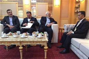 دیدار ظریف با  وزیر توریسم و منابع طبیعی برونئی