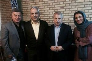 علی پروین به همراه مهران مدیری در برنامه نوروزی شبکه نسیم