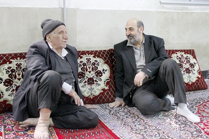 دایی مصطفی ادم قدیمی مسجد «قائمیه»