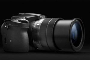سونی دوربین سوپرزوم Cyber-Shot RX10 III را با زوم بیشتر و فیلمبرداری 4K معرفی کرد