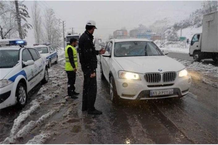 بارش برف در جاده ها