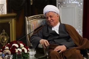 آیت الله هاشمی: میدان دادن به تندروها در هر کشوری اداره آن کشور را مشکل میکند