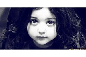 حکایت کوچولوهایی  که   آرایش می کنند!/قربانیان معصوم « سندروم پرنسس»/هشدار کارشناسان درباره استفاده از لوازم آرایش در سنین کودکی و نوجوانی