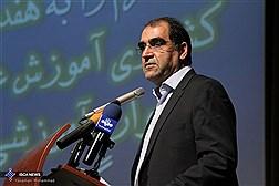 وزیر بهداشت:  متاسفم که دانشجویان ایرانی در امارات پزشکی می خوانند/آموزش پزشکی باید به سمت خودگردان شدن برود