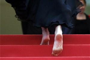 جولیا رابرتز پا برهنه روی فرش قرمز جشنواره «کن» حاضر شد