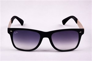 استفاده از عینک آفتابی را جدی بگیرید