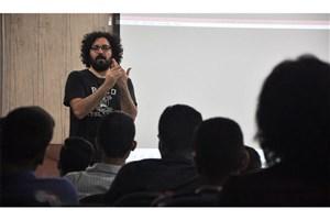 هومن بهمنش کارگاه «آشنایی با فیلمبرداری سینما» برگزار کرد