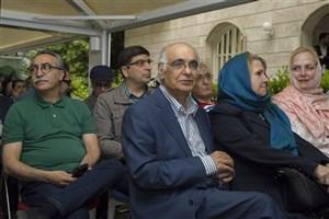 کیومرث پور احمد: من و  هوشنگ مرادی کرمانی را هنوز با قصه های مجید می شناسند
