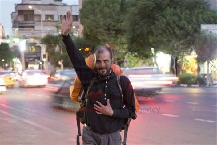 مردی که 13 بار پیاده به کربلا رفت/تراشیدن سنگ مزار در شهرها برای تامین هزینه کربلا/4 ماه پیاده روی برای رفتن به زیارت امام حسین(ع)