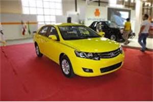 ۱۴۰۰۰ دستگاه خودرو آریو  در اختیار سازمان تاکسیرانی