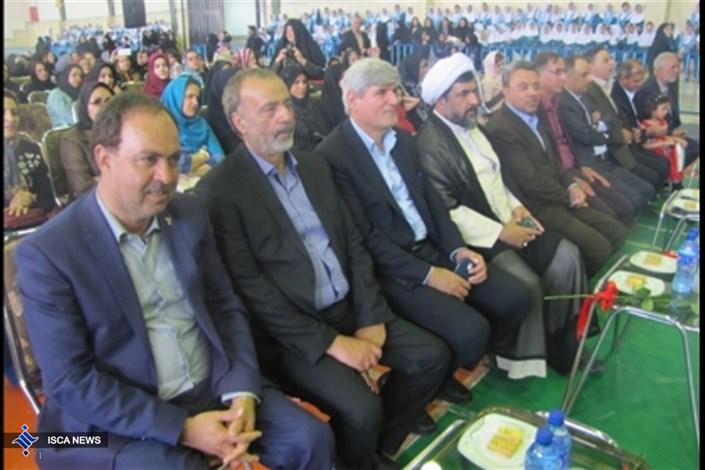 برگزاری صبحگاه مشترک 1100 نفری دانشآموزان سما واحد یزد با حضور رئیس سما