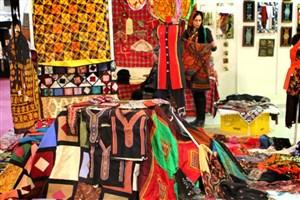 جشنواره گردشگری و اقوام ایرانی در واحد علوم و تحقیقات
