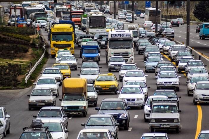 ترافیک آزادراه تهران - کرج سنگین است/کندی تردد در محور چالوس