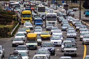 در محور کرج- تهران ترافیک سنگین است