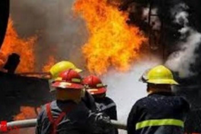 انفجار گاز در بزرگراه آیت الله کاشانی/ افراد محبوس شده در منزل مسکونی نجات یافتند