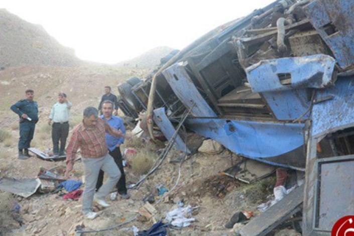 سقوط اتوبوس  سربازان