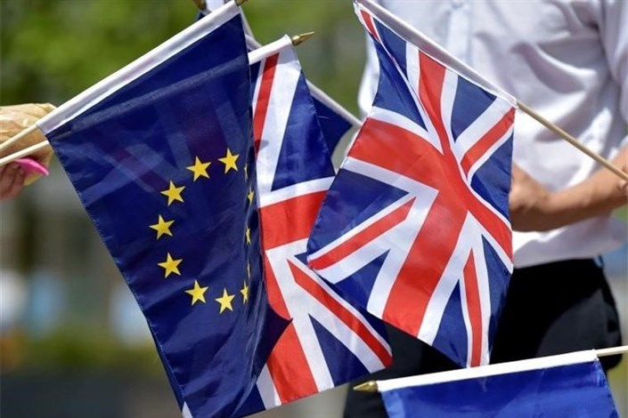 وزرای خارجه اتحادیه اروپا برای بررسی خروج انگلیس دیدار میکنند«برگزیت » فرصتی برای استراتژی «اروپای دوم»اردوغان از احتمال خروج کشورهای دیگری از اتحادیه اروپا خبر دادآیا فروپاشی اتحادیه اروپا کلید خورده است؟