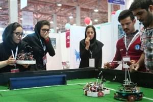 تیم روبوکاپ دانشگاه آزاد قزوین به مصاف 17 کشور در مسابقات جهانی می رود