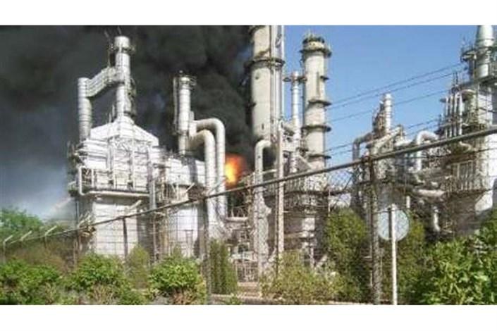 آتش سوزی مهیب در مجتمع پتروشیمی ماهشهر