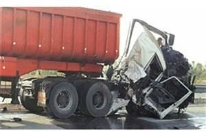 بی احتیاطی راننده  حادثه آفرید/ 2 نفر کشته شدند