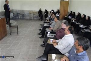 کارکنان دانشگاه آزاد اسلامی واحد گرمسار در سه کارگاه آموزش های کاربردی شرکت کردند