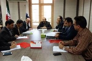سه مدیر ارشد دستگاههای اجرایی استان در جلسه شورای مرکز رشد واحد ایلام/ فعالیت های مرکز رشد واحد ایلام شتاب می گیرد