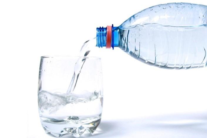 آب معدنی قاچاق