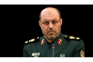 سردار دهقان: وزیر دفاع آمریکا به طبیب مراجعه کند