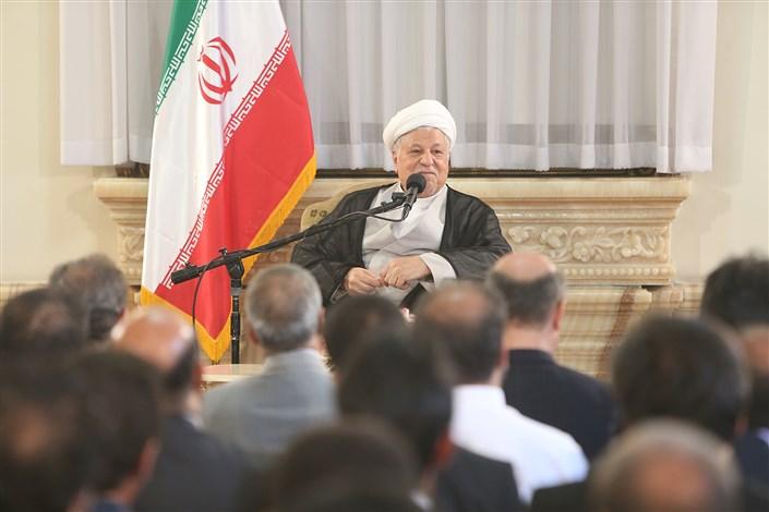 آیت الله هاشمی: در ایجاد، تثبیت و توسعه دانشگاه آزاد اسلامی مزاحمتهای فراوان داشتیم
