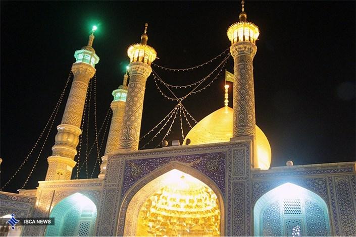 غبار روبی حرم حضرت معصومه(س) با حضور شرکت کنندگان نهمین جشنواره قرآنی سما