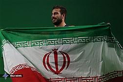 دانشجو دانشگاه آزاد اسلامی  مدال طلای المپیک ریو را به سردار سلیمانی تقدیم کرد