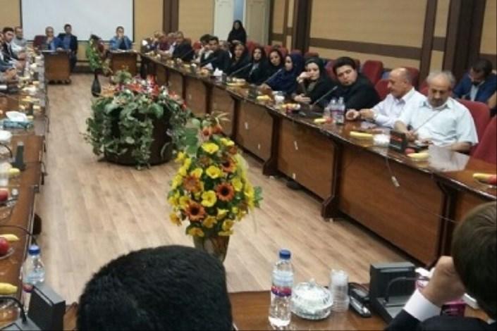 دیدار فرماندار ورامین با نمایندگان احزاب اصلاح طلب و جمعی از فعالین سیاسی و اجتماعی