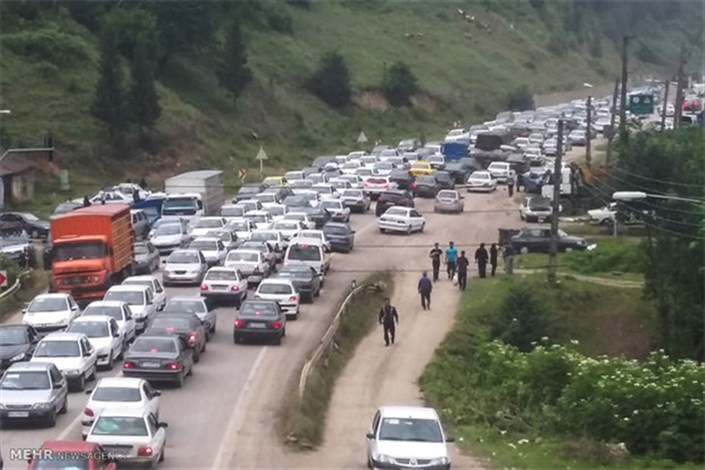 ترافیک نیمه سنگین در آزادراه کرج - قزوین