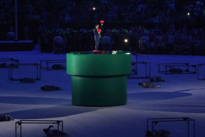 نخست وزیر ژاپن در اختتامیه المپیک