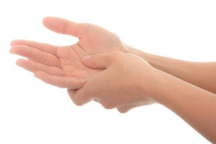 بی حسی انگشتان دست