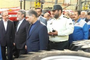 بازدید وزیر کشور از کارخانه تراکتور سازی تبریز