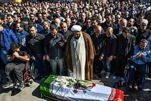 پیکر بهمن گلبارنژاد در خاک شیراز آرام گرفت