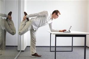 10 حرکت ورزشی برای پشت میز نشین ها
