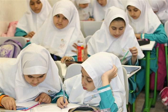 دبیر کل شورای عالی آموزش و پرورش: ساعت شروع کلاس های دانش آموزان دبستانی کسالت آور است