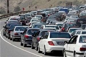 در آزادراه تهران-کرج ترافیک سنگین  است