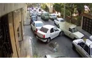 پلیس در پی شناسایی مالک «وانت دیوانه»/ برخورد با 10 خودرو
