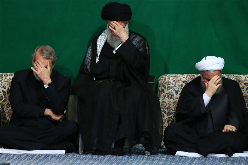مراسم عزاداری حضرت اباعبدالله الحسین علیهالسلام با حضور مقام معظم رهبری