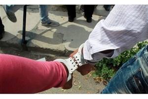 مادر برای  فرار از دست قانون  موادمخدر  را در کیف پسرش جاسازی می کرد